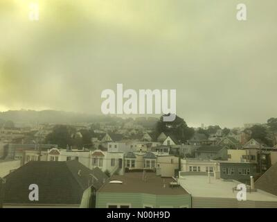 San Francisco, California, USA. 18th Oct, 2017. Colma, CA - Oct. 18, 2017: Smoke from nearby wildfires fills the - Stock Photo