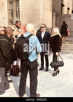 New York, USA. 29th November, 2017. Jocelyn Wildenstein, Lloyd Klein, outside Manhattan Supreme Court, 11/29/17 - Stock Photo