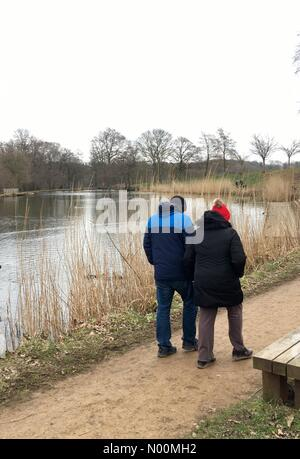 UK weather - 22nd March 2018 A cool overcast day at Roundhay Park in Leeds, Yorkshire. A few people were enjoying Roundhay Park in Leeds even though the start of spring is cool and dull. - Stock Photo