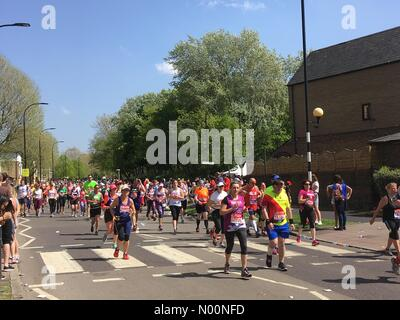 London, UK. 22nd Apr, 2018. Virgin Money London Marathon 2018 Credit: Susannah Jayes/StockimoNews/Alamy Live News - Stock Photo
