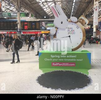 London, UK. 21st May, 2018. Advert for the new train timetable at Victoria Station as commuters hit by delays and cancellations Credit: lucyR/StockimoNews/Alamy Live News - Stock Photo