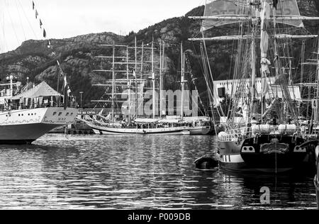 Tall Ships Race 2008. Bergen, Norway. The Russian square rigged Mir, Mexican 3 masted barque Cuauhtemoc, and Swedish gaff schooner Constantia - Stock Photo
