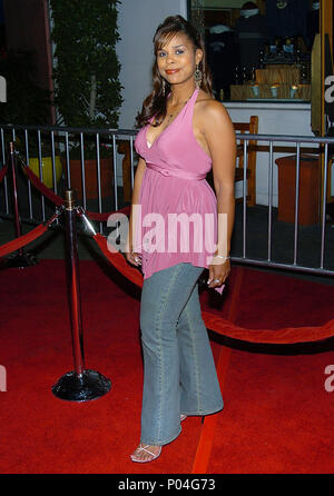 Kimberly Brooks (huffs) arriving at the Meet The Fockers Premiere at the Universal Amphitheatre in Los Angeles. December 16, 2004.BrooksKimberly_Huff109 Red Carpet Event, Vertical, USA, Film Industry, Celebrities,  Photography, Bestof, Arts Culture and Entertainment, Topix Celebrities fashion /  Vertical, Best of, Event in Hollywood Life - California,  Red Carpet and backstage, USA, Film Industry, Celebrities,  movie celebrities, TV celebrities, Music celebrities, Photography, Bestof, Arts Culture and Entertainment,  Topix, vertical, one person,, from the year , 2004, inquiry tsuni@Gamma-USA.c - Stock Photo