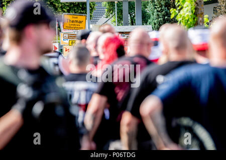 08 June 2018, Germany, Themar: Festivalgoers waiting to be admitted to the festival site at the 'Tage der nationalen Bewegung' festival. The 2-day festival attracts rightists from across Europe. Several counter-protests and events are planned. Photo: -/dpa - Stock Photo