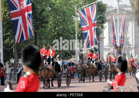 London, UK, 9 June 2018.  Trooping the Colour Credit: amanda rose/Alamy Live News Credit: amanda rose/Alamy Live News - Stock Photo