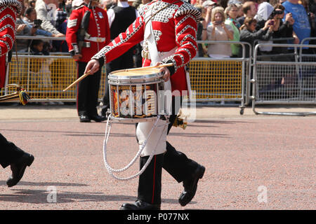 London, UK, 9th June, 2018. General view at the Trooping The Colour 2018 Credit: RM Press/Alamy Live News - Stock Photo