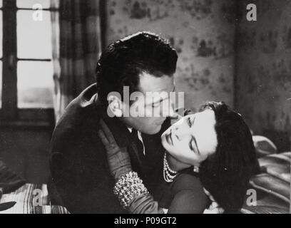 Original Film Title: CRONACA DI UN AMORE.  English Title: STORY OF A LOVE AFFAIR.  Film Director: MICHELANGELO ANTONIONI.  Year: 1950.  Stars: MASSIMO GIROTTI; LUCIA BOSE. - Stock Photo