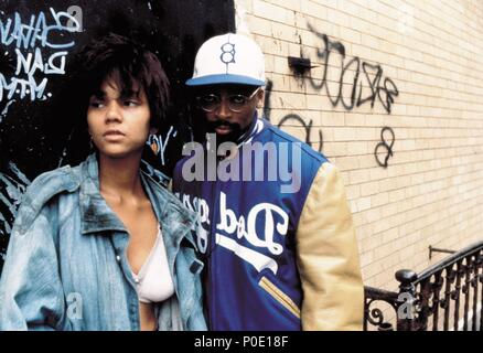 Original Film Title: JUNGLE FEVER.  English Title: JUNGLE FEVER.  Film Director: SPIKE LEE.  Year: 1991.  Stars: SPIKE LEE. Credit: UNIVERSAL PICTURES / LEE, DAVID / Album - Stock Photo