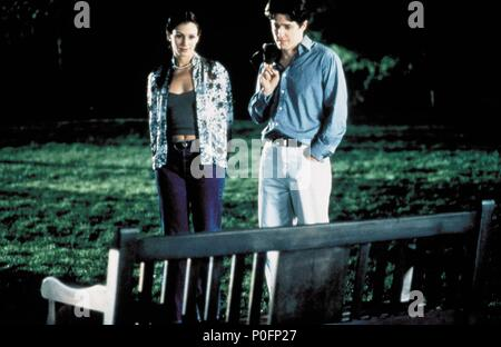 Original Film Title: NOTTING HILL.  English Title: NOTTING HILL.  Film Director: ROGER MICHELL.  Year: 1999.  Stars: HUGH GRANT; JULIA ROBERTS. Credit: POLYGRAM / Album - Stock Photo