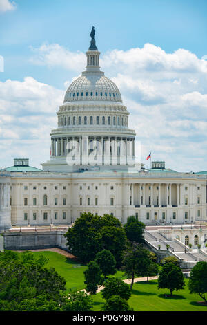 USA Wasington DC D.C. The U S Capitol Building on the hill on a sunny summer day. - Stock Photo