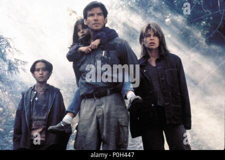 Original Film Title: DANTE'S PEAK.  English Title: DANTE'S PEAK.  Film Director: ROGER DONALDSON.  Year: 1997.  Stars: PIERCE BROSNAN; LINDA HAMILTON; JAMIE RENEE SMITH; JEREMY FOLEY. Credit: PARAMOUNT/UNIVERSAL/MGM / Album - Stock Photo