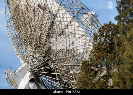 Parkes radio telescope is a 64-m diameter parabolic dish used for radio astronomy. This Telescope brought live pictures to television when man 1st landed on the moon in Apollo 11 on 21 July 1969 - Parkes, New South Wales, Australia - Stock Photo