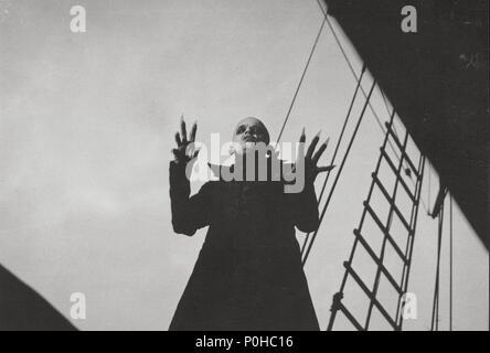 Original Film Title: NOSFERATU: PHANTOM DER NACHT.  English Title: NOSFERATU THE VAMPYRE.  Film Director: WERNER HERZOG.  Year: 1979.  Stars: KLAUS KINSKI. Credit: WERNER HERZOG FILMPRODUKTION / Album