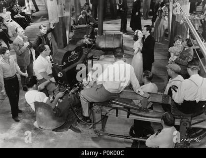 Original Film Title: FILM HISTORY: RODAJES EXTERIORES.  English Title: FILM HISTORY: RODAJES EXTERIORES.  Stars: HENRY FONDA. - Stock Photo