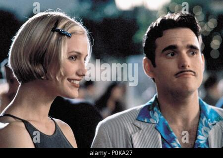 Original Film Title: THERE'S SOMETHING ABOUT MARY.  English Title: THERE'S SOMETHING ABOUT MARY.  Film Director: BOBBY & PETER FARRELLY; BOBBY FARRELLY; PETER FARRELLY.  Year: 1998.  Stars: CAMERON DIAZ; MATT DILLON. Credit: 20TH CENTURY FOX / Album - Stock Photo