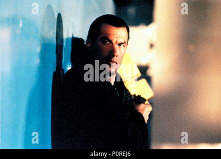 Original Film Title: UNDER SIEGE.  English Title: UNDER SIEGE.  Film Director: ANDREW DAVIS.  Year: 1992.  Stars: STEVEN SEAGAL. Credit: WB/REGENCY ENTERPRISES V.O.F./CANAL + / Album - Stock Photo