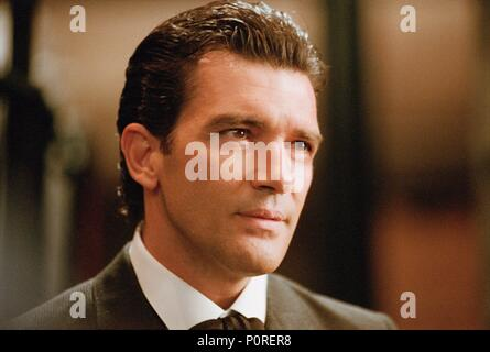 Original Film Title: ORIGINAL SIN.  English Title: ORIGINAL SIN.  Film Director: MICHAEL CRISTOFER.  Year: 2001.  Stars: ANTONIO BANDERAS. Credit: M.G.M / GROBET, LOURDES / Album - Stock Photo