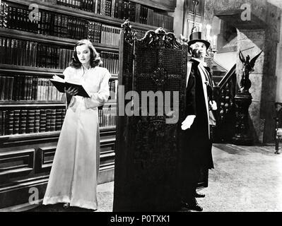 Original Film Title: ARSENE LUPIN RETURNS.  English Title: ARSENE LUPIN RETURNS.  Film Director: GEORGE FITZMAURICE.  Year: 1938.  Stars: CHARLES KORVIN; ELLA RAINES. - Stock Photo