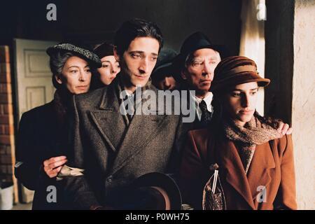Original Film Title: THE PIANIST.  English Title: THE PIANIST.  Film Director: ROMAN POLANSKI.  Year: 2002.  Stars: ADRIEN BRODY; FRANK FINLAY; MAUREEN LIPMAN; ED STOPPARD; JESSICA KATE MEYER; JULIA RAYNER. Credit: FOCUS FEATURES / Album - Stock Photo
