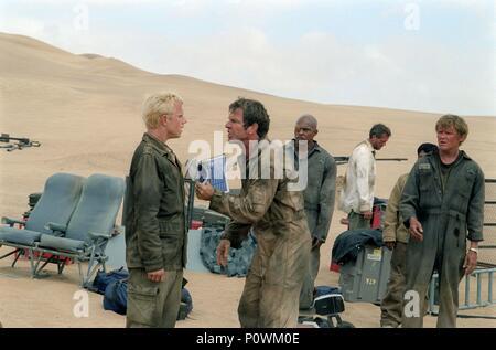 Original Film Title: FLIGHT OF THE PHOENIX.  English Title: FLIGHT OF THE PHOENIX.  Film Director: JOHN MOORE.  Year: 2004.  Stars: KIRK JONES; DENNIS QUAID; HUGH LAURIE; GIOVANNI RIBISI; JACOB VARGAS; SCOTT MICHAEL CAMPBELL. Credit: 20TH CENTURY FOX / ENDRENYI, EGON / Album - Stock Photo
