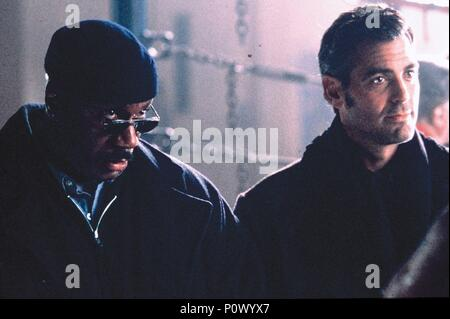 Original Film Title: OUT OF SIGHT.  English Title: OUT OF SIGHT.  Film Director: STEVEN SODERBERGH.  Year: 1998.  Stars: GEORGE CLOONEY. Credit: UNIVERSAL PICTURES / MORTON, MERRICK / Album - Stock Photo