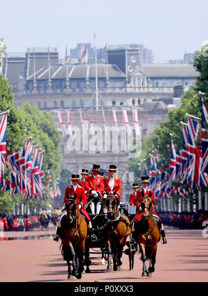 London, UK. 09th June, 2018. Trooping the Colour at Buckingham Palace in London, on June 09, 2018, to attend Trooping the colour, the Queens birthday parade Photo : Albert Nieboer/Netherlands OUT/Point de Vue OUT - NO WIRE SERVICE - Credit: Albert Nieboer/RoyalPress/dpa/Alamy Live News - Stock Photo