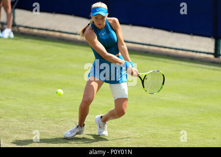 Nottingham Tennis Centre, Nottingham, UK. 10th June, 2018. The Nature Valley Open Tennis Tournament; Katie Swan of Great Britain plays a backhand shot against Paula Badosa Gibert of Spain Credit: Action Plus Sports/Alamy Live News