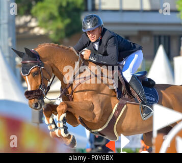 Cannes, France. 09th June, 2018. France Olivier Robert on Tempo de Paban competes during the 2018 Longines Global Champions League in Cannes on June 09, 2018 Credit: BTWImages Sport/Alamy Live News - Stock Photo