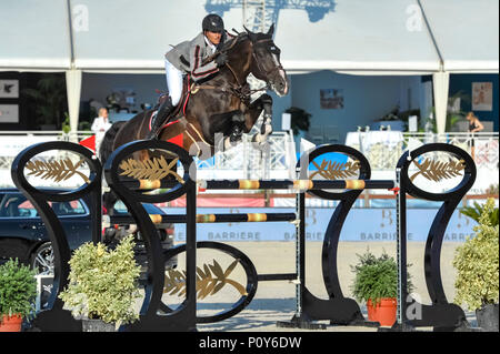 Cannes, France. 09th June, 2018. Belgium Nicola Philippaerts on H&M Chili Willi competes during the 2018 Longines Global Champions League in Cannes on June 09, 2018 Credit: BTWImages Sport/Alamy Live News - Stock Photo