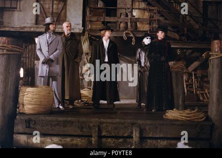 Original Film Title: THE LEAGUE OF EXTRAORDINARY GENTLEMEN.  English Title: THE LEAGUE OF EXTRAORDINARY GENTLEMEN.  Film Director: STEPHEN NORRINGTON.  Year: 2003.  Stars: SEAN CONNERY; PETA WILSON; STUART TOWNSEND; SHANE WEST; TONY CURRAN. Credit: 20TH CENTURY FOX / Album - Stock Photo