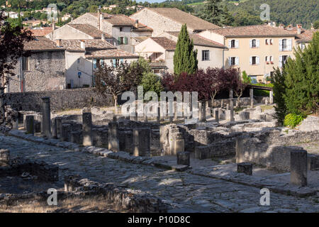 Vaison-la-Romaine Carpentras Vaucluse Provence-Alpes-Côte d'Azur France - Stock Photo