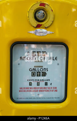 Old   gas dispenser - gasoline pump  counter display - Stock Photo