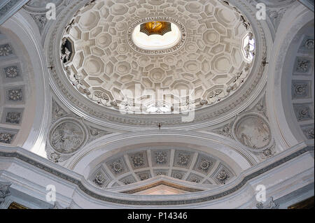 San Carlo alle Quattro Fontane (1634-46), view looking up one side, showing oval dome and side niche (rendered in PS), by F. Borromini, Rome, Italy - Stock Photo