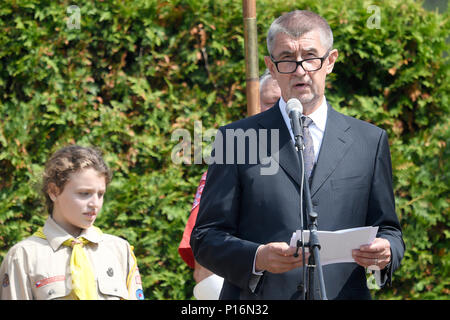 Lidice, Czech Republic. 10th June, 2018. Hundreds of people, including senior elected officials such as Prime Minister Andrej Babis (ANO), right, and foreign ambassadors, today attended the commemorative act for the obliteration of the village Lidice by the Nazi rule 76 years ago in Lidice, Czech Republic, May 10, 2018. Credit: Ondrej Deml/CTK Photo/Alamy Live News - Stock Photo