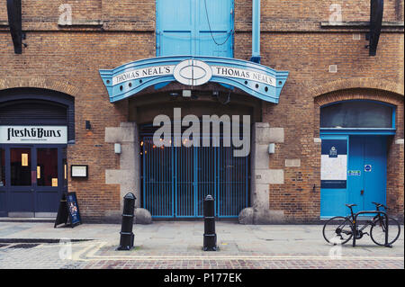 Thomas Neal's Warehouse on Earlham Street between Soho and Covent Garden in central London near Seven Dials - Stock Photo