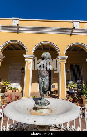 The inner courtyard of the Palacio Cantero, Museo Histórico Municipal in the UNESCO World Heritage town of Trinidad, Cuba. - Stock Photo