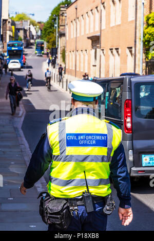 Civil Enforcement Officer, CEO traffic warden, employed to enforce parking, CEO, CEO UK, traffic warden, traffic warden UK, UK traffic warden, - Stock Photo