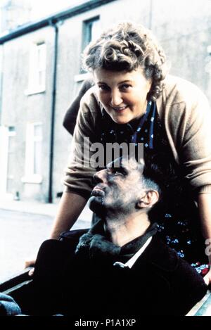 Original Film Title: MY LEFT FOOT.  English Title: MY LEFT FOOT.  Film Director: JIM SHERIDAN.  Year: 1989.  Stars: DANIEL DAY-LEWIS; BRENDA FRICKER. Copyright: Editorial inside use only. This is a publicly distributed handout. Access rights only, no license of copyright provided. Mandatory authorization to Visual Icon (www.visual-icon.com) is required for the reproduction of this image. Credit: GRANADA/MIRAMAX / Album - Stock Photo