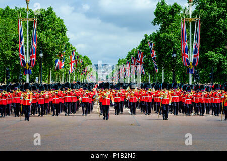 The Colonel's Review on Saturday 2 June 2018 held at The Mall / Buckingham Palace, London. Pictured: The Massed Bands of The Household Divisions march along The Mall. Picture by Julie Edwards/LFI/Avalon.  All usages must be credited Julie Edwards/LFI/Avalon. - Stock Photo