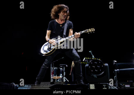 Rome, Italy. 11th June 2018. Stef Burns performs live during the 'Vasco non stop tour 2018' at Olympic Stadium, Rome, Italy on 11 June 2018. Photo by Giuseppe Maffia Credit: Giuseppe Maffia/Alamy Live News - Stock Photo