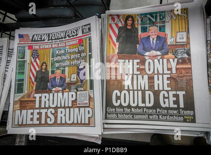 The New York Daily News and the New York Post both use the same official White House photograph on Thursday, May 31, 2018 to report on President Donald Trumps meeting with Kim Kardashian to discuss prison reform and the case of incarcerated Alice Marie Johnson serving a life sentence for a first-time, non-violent drug offense.  (© Richard B. Levine) - Stock Photo