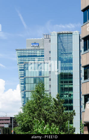 Modern office blocks at One Snowhill near Colmore Row and Snow Hill station in Birmingham city centre - Stock Photo