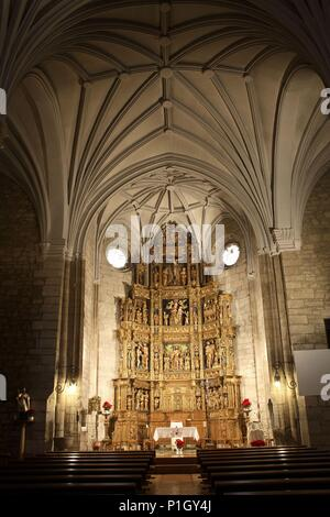 SPAIN - Ribera Estellesa (district) - NAVARRA. Mendavia; Iglesia de San Juan Bautista / retablo mayor plateresco. - Stock Photo