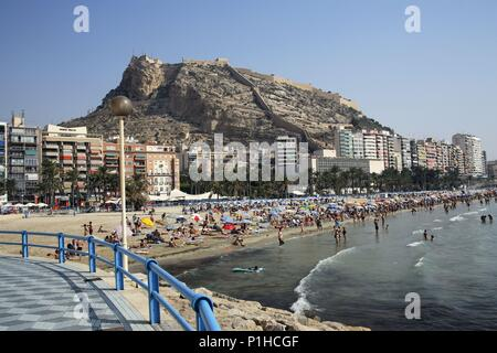 SPAIN - Valencia autonomous region - L´Alacantí (district) - Alicante. Alicante/ Alacant; Playa del Postiguet. - Stock Photo