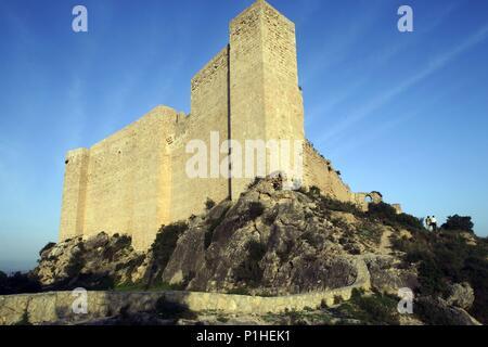 SPAIN - Catalonia - Ribera d?Ebre (district) - TARRAGONA. Miiravet; castell templari (medieval). - Stock Photo