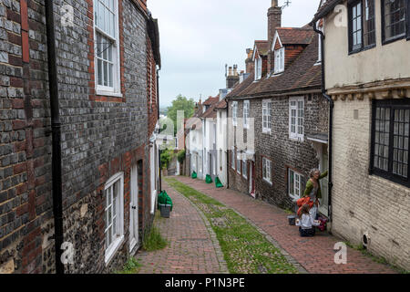 Narrow Keere St in Lewes, East Sussex, England, UK - Stock Photo