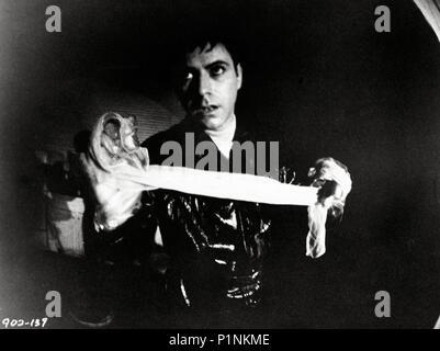 Original Film Title: WAIT UNTIL DARK.  English Title: WAIT UNTIL DARK.  Film Director: TERENCE YOUNG.  Year: 1967.  Stars: ALAN ARKIN. Credit: WARNER BROTHERS / Album - Stock Photo