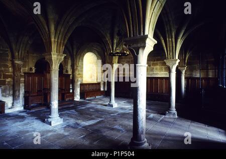 Monasterio de / la Oliva monastery; gothic chapter lounge (cisterciense). - Stock Photo
