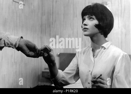 Original Film Title: VIVRE SA VIE: FILM EN DOUZE TABLEAUX.  English Title: MY LIFE TO LIVE.  Film Director: JEAN-LUC GODARD.  Year: 1962.  Stars: ANNA KARINA. Credit: PATHE CINEMA / Album - Stock Photo
