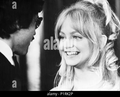 Original Film Title: SHAMPOO.  English Title: SHAMPOO.  Film Director: HAL ASHBY.  Year: 1975.  Stars: GOLDIE HAWN. Credit: COLUMBIA PICTURES / Album - Stock Photo